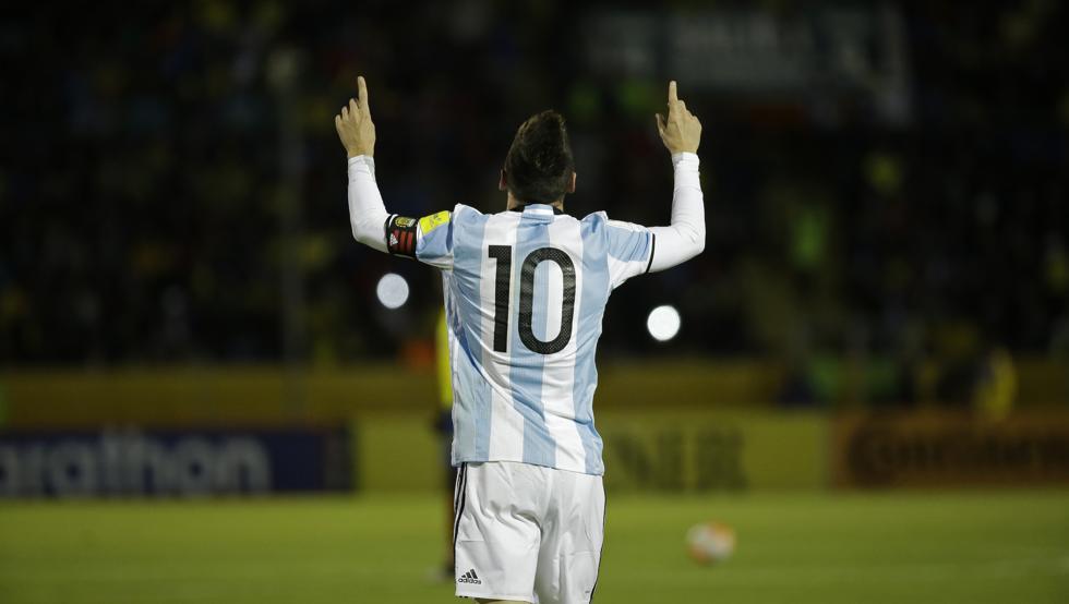 """Lionel Messi: """"Es como ver a Dios en la cancha"""""""