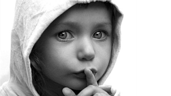 Escucha con los ojos