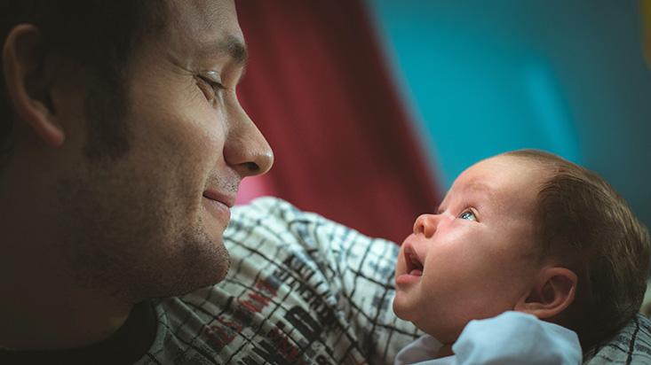 En el nombre del padre: proyecto de ley sobre licencia por paternidad