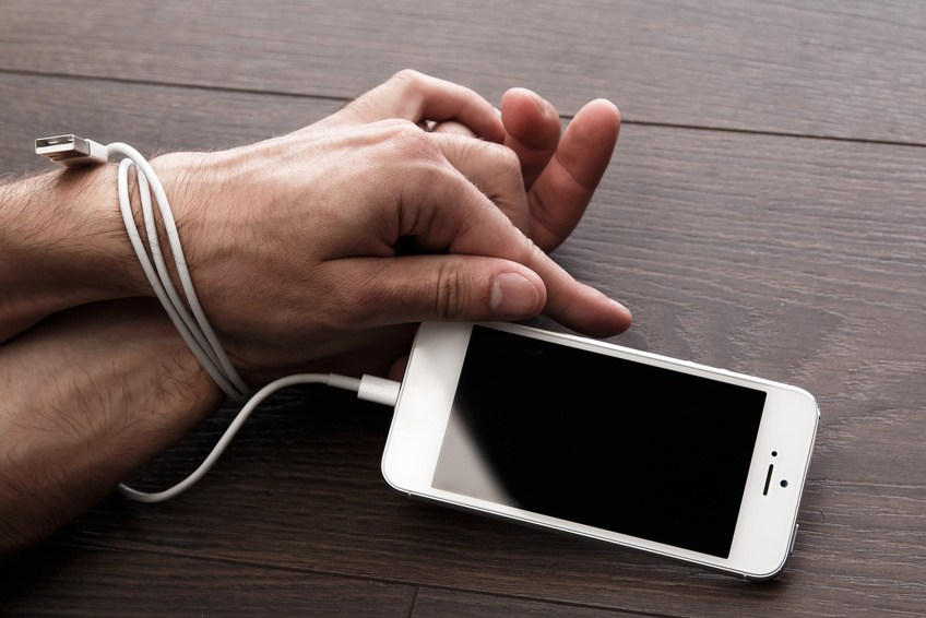 Salud digital: ¿cómo evitar intoxicarnos y ser más felices?