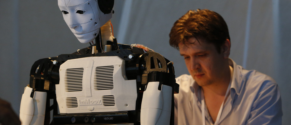 ¿Humanos + máquinas o humanos vs máquinas?