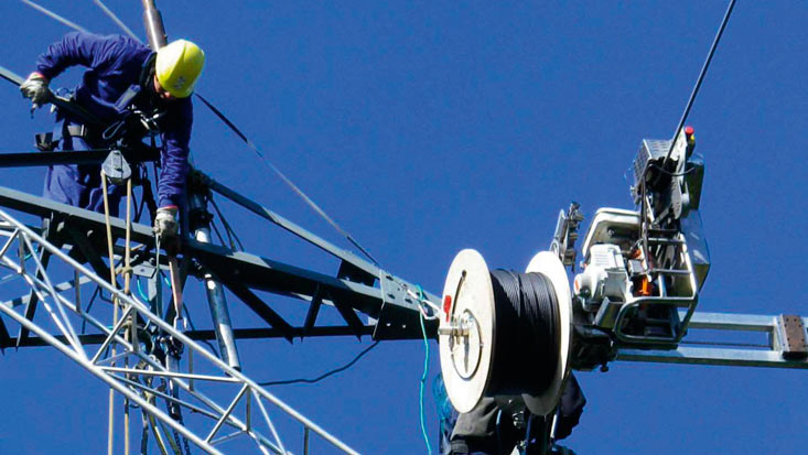 283674-azteca-comunicaciones-dejaria-el-pais-que-pasara-con-la-red-dorsal-de-fibra-optica