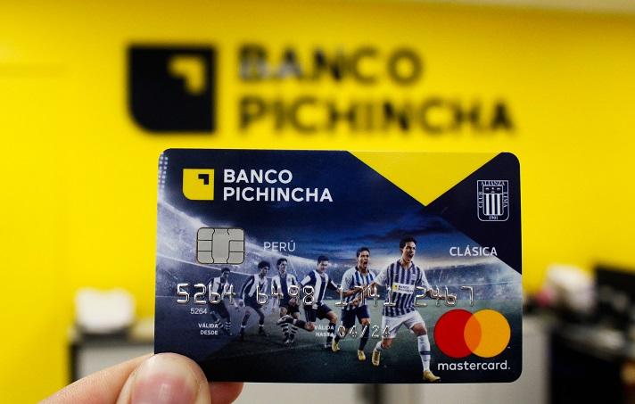 356896-banco-pichincha-se-asocio-con-alianza-lima-espera-colocar-5000-tarjetas-blanquiazul-en-el-2019