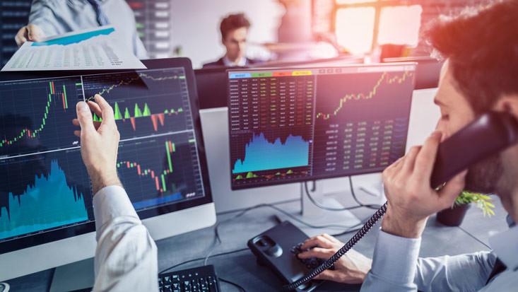 """Economía global entra en período de """"estancamiento sincronizado"""""""