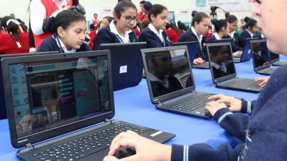 Escuelas digitales: ¿cómo lo logramos?