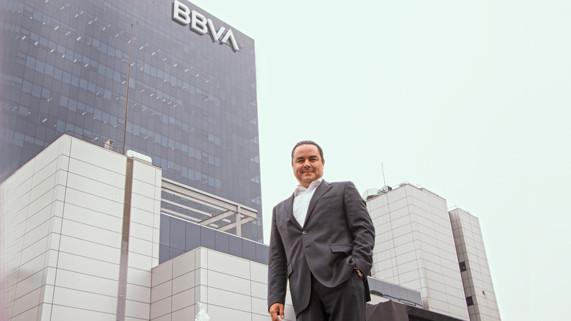 """Fernando Eguiluz, CEO del BBVA en el Perú: """"El país se ve mucho mejorde afuera que como lo vemos desde adentro"""""""