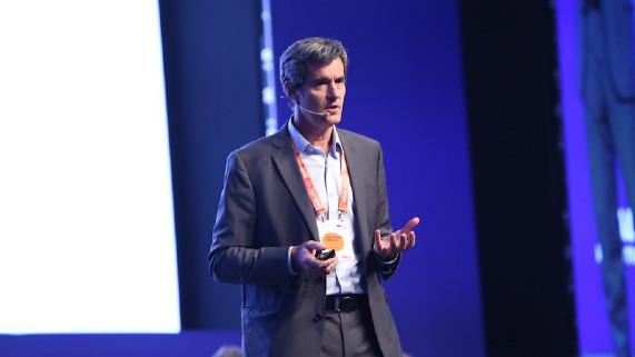 """Juan Carlos Eichholz: """"El modelo económico debe evolucionar en la medida que la sociedad también lo hace"""""""
