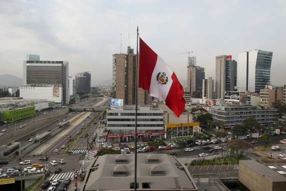 El Perú tras la crisis chilena: mayor flujo de capitales para bonos y acciones en el 2020