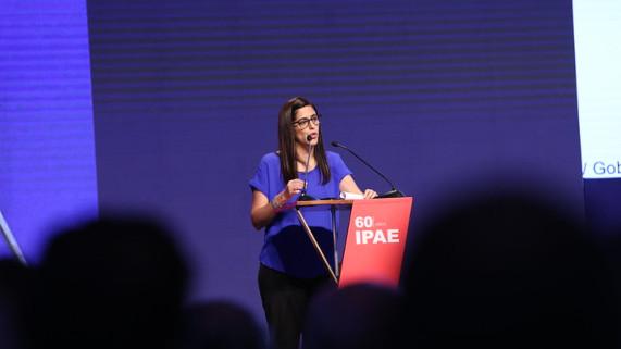 María Antonieta Alva instó a empresarios a sumarse al esfuerzo de cerrar las brechas sociales