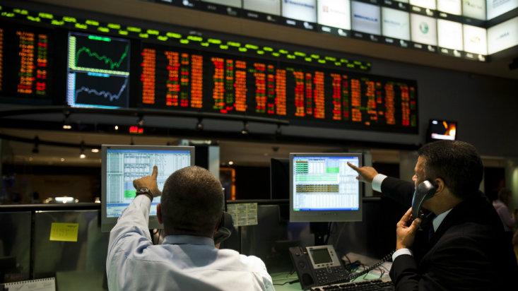 Bolsa de Brasil cayó casi 9% y real se depreció más de 8% tras escándalo político