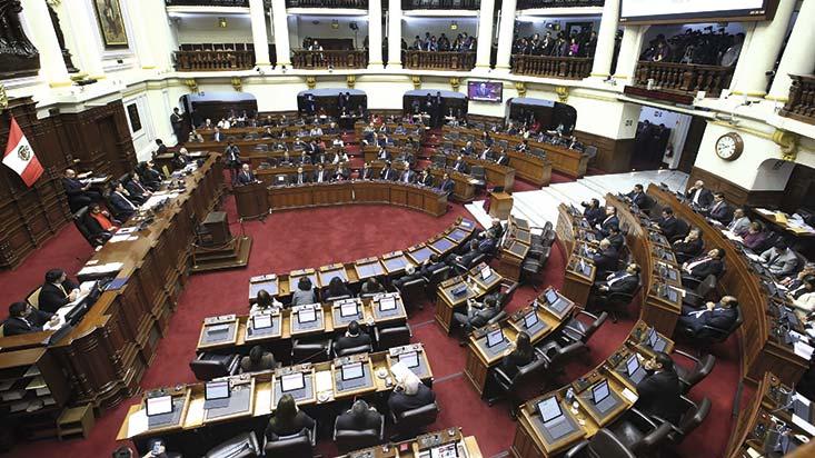 Reforma política: comisión propone crear una Cámara de senadores y anular el voto preferencial