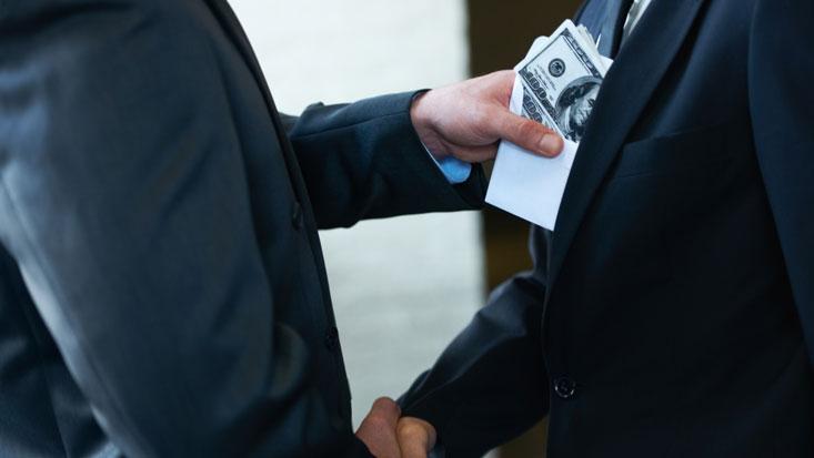 Asesores de entidades públicas deberán presentar declaraciones juradas