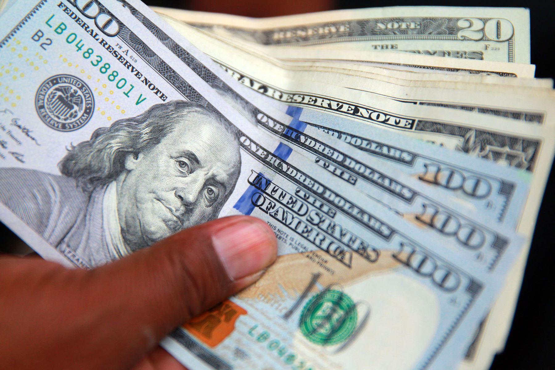 bcr-dolarizacion-en-creditos-privados-se-redujo-a-26-en-diciembre