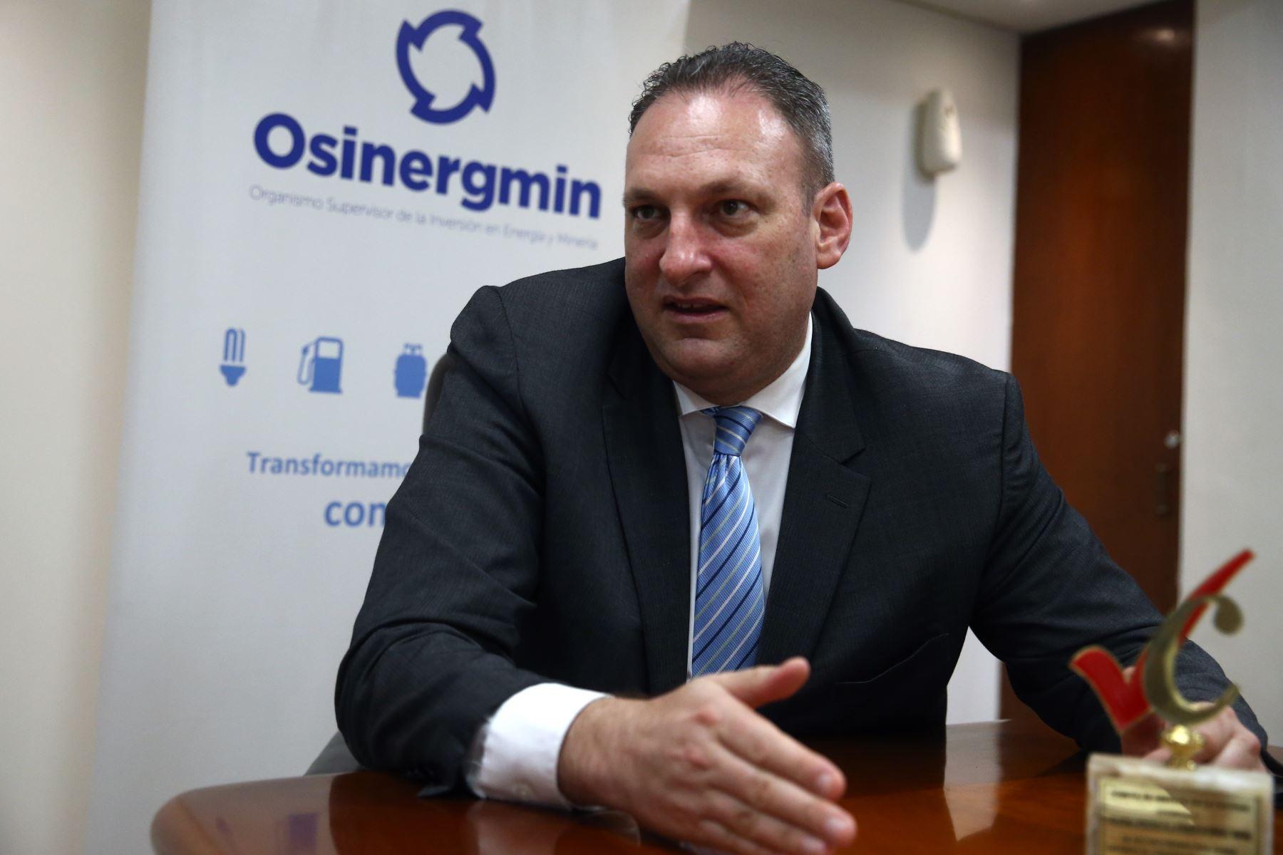 el-presidente-del-osinergmin-renuncio-por-accidente-en-ves