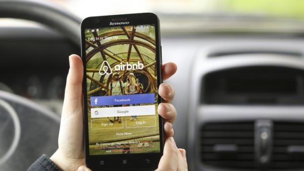 Airbnb y las 'combis': la informalidad teñida de ingenio y pujanza