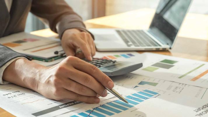 """<p><span style=""""color: rgb(0, 0, 0); background-color: transparent;"""">Ejecutivo busca que empresas puedan reducir o suspender pagos mensuales de impuesto a la renta</span></p>"""