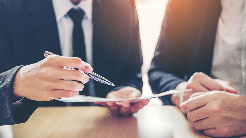 <p>La cuarentena por Covid-19 obliga a las empresas a renegociar contratos</p>