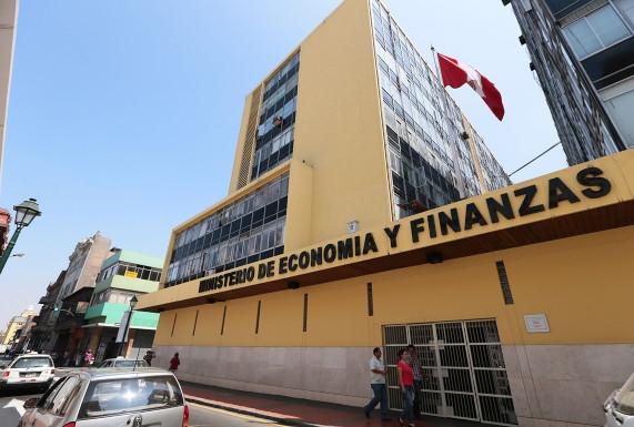 <p>MEF sobre Reactiva Perú: el Tesoro Público garantizará entre 80% y 98% de créditos a empresas</p>