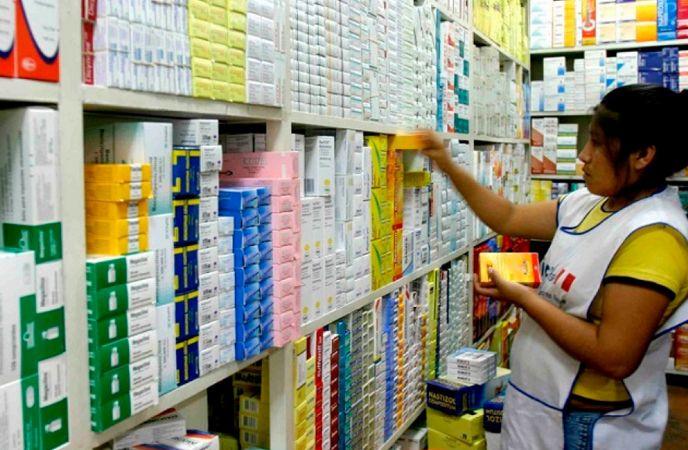 gobierno-anuncio-norma-que-ordenara-a-farmacias-vender-medicamentos-para-tratar-coronavirus