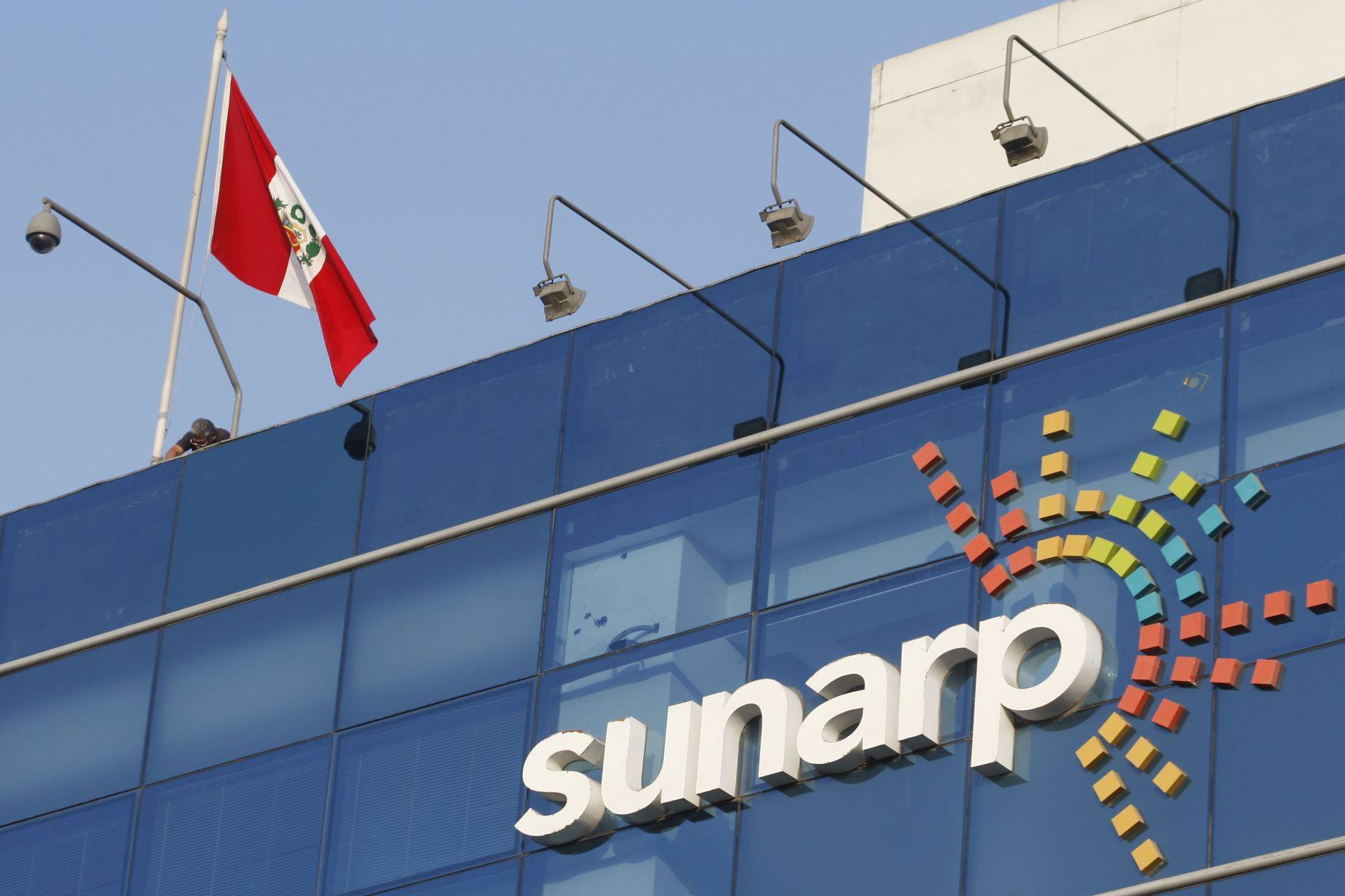 sunarp-fijo-plazo-para-empezar-a-constituir-empresas-bajo-regimen-societario-simplificado