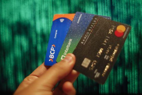 entidades-financieras-deberan-ofrecer-tarjetas-de-credito-sin-costo-de-membresia-antes-de-cerrar-la-contratacion