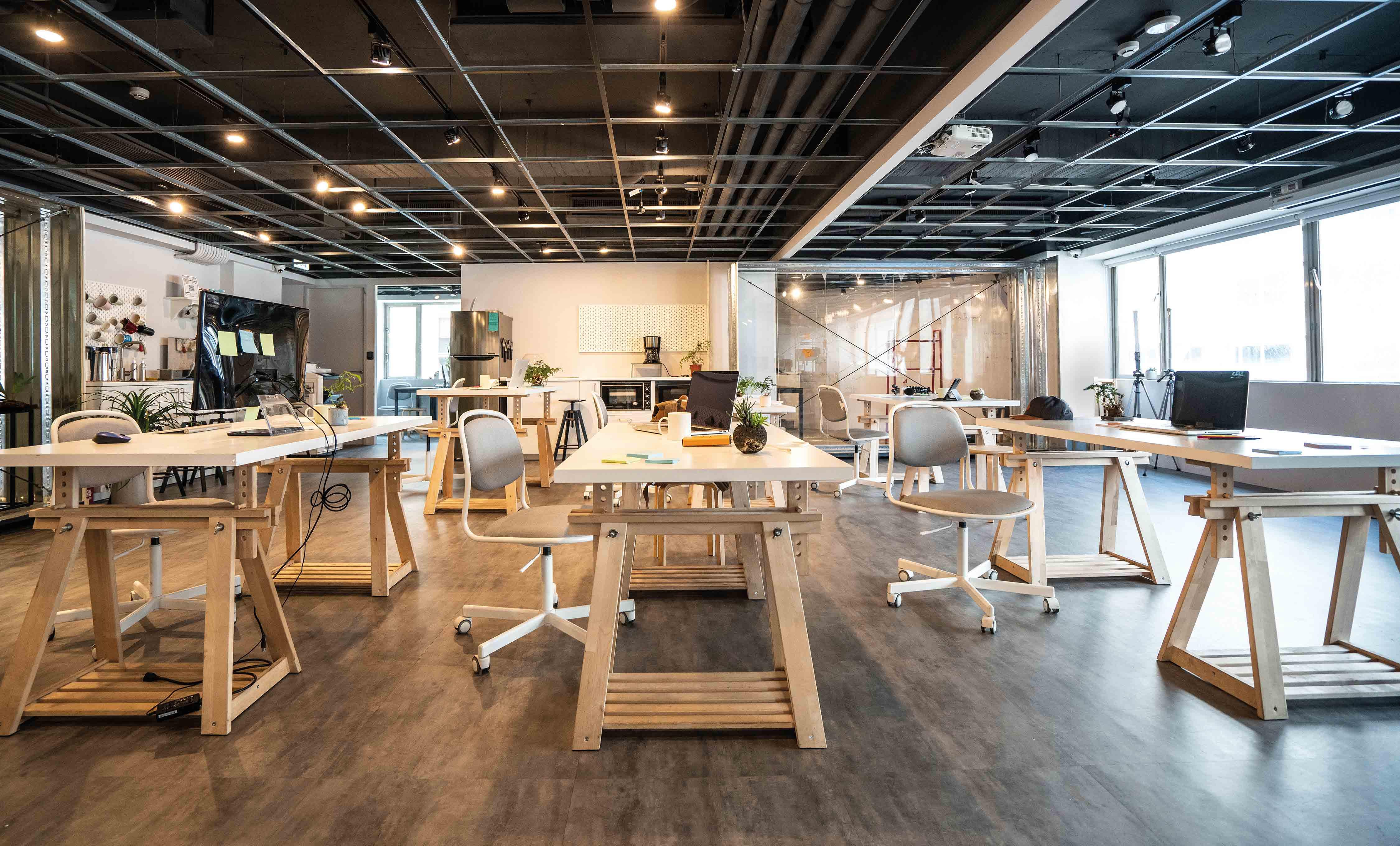 oficinas-tradicionales-se-adaptarian-a-formatos-mas-flexibles-espacios-implementados
