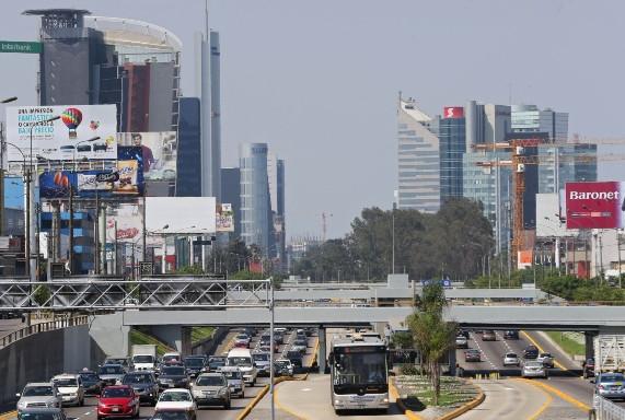 Fortaleza fiscal en riesgo: urge una estrategia para aumentar ingresos y controlar el gasto en el 2021