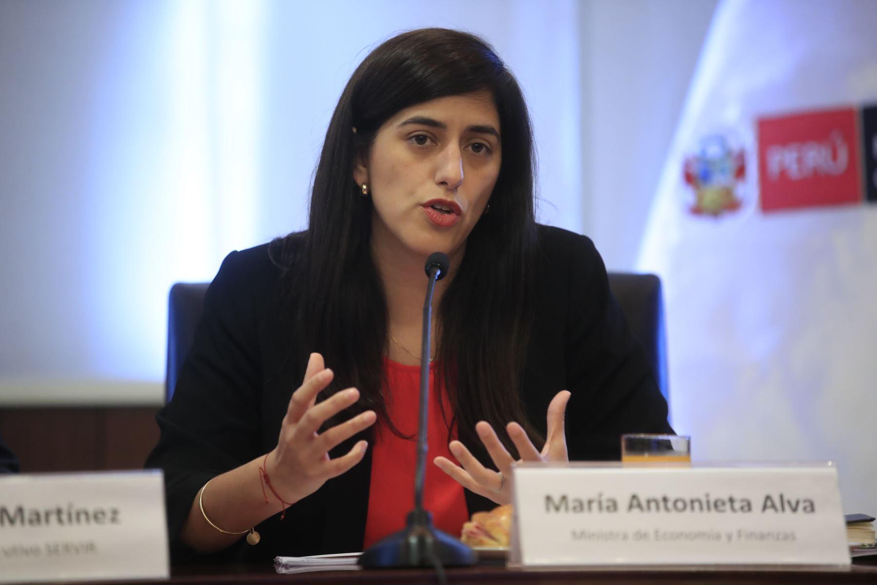congresistas-presentaron-mocion-de-censura-contra-maria-antonieta-alva