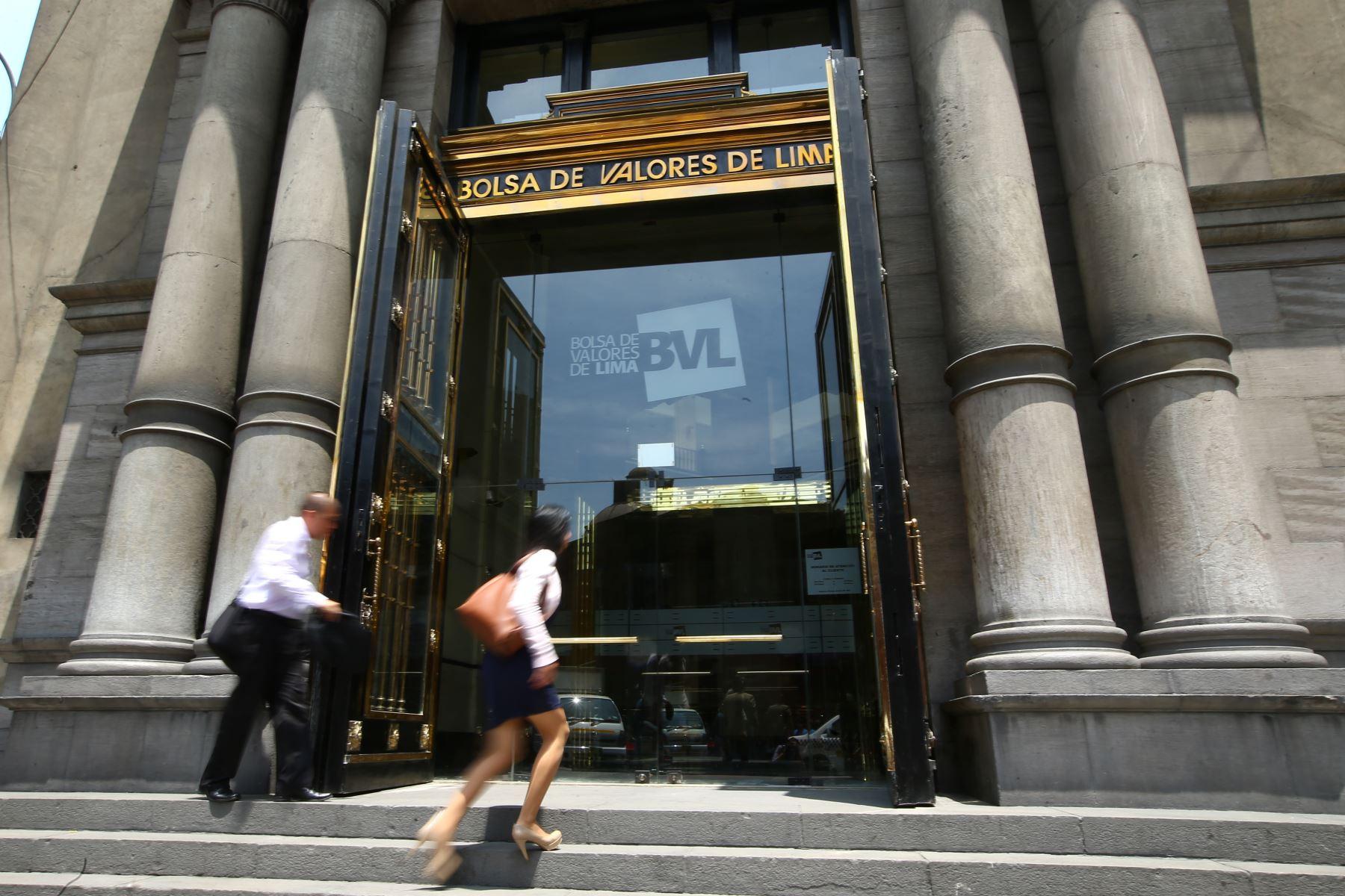 bolsas-de-valores-de-peru-chile-y-colombia-acordaron-la-contratacion-de-un-banco-de-inversion-ante-eventual-integracion