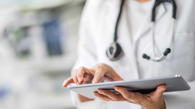 Sector salud en busca de talento más especializado y escaso