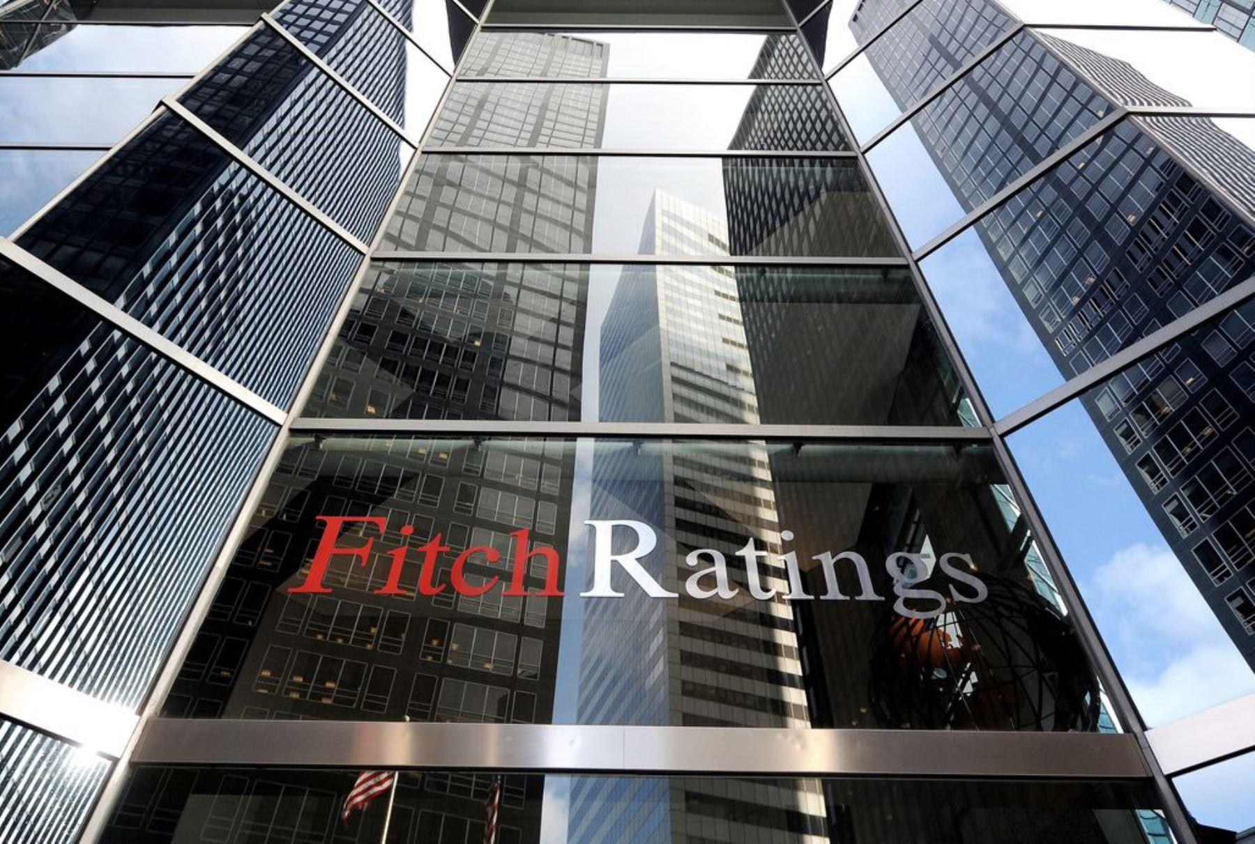 fitch-ratings-persistentes-desafios-de-gobernabilidad-intensifican-riesgos-fiscales