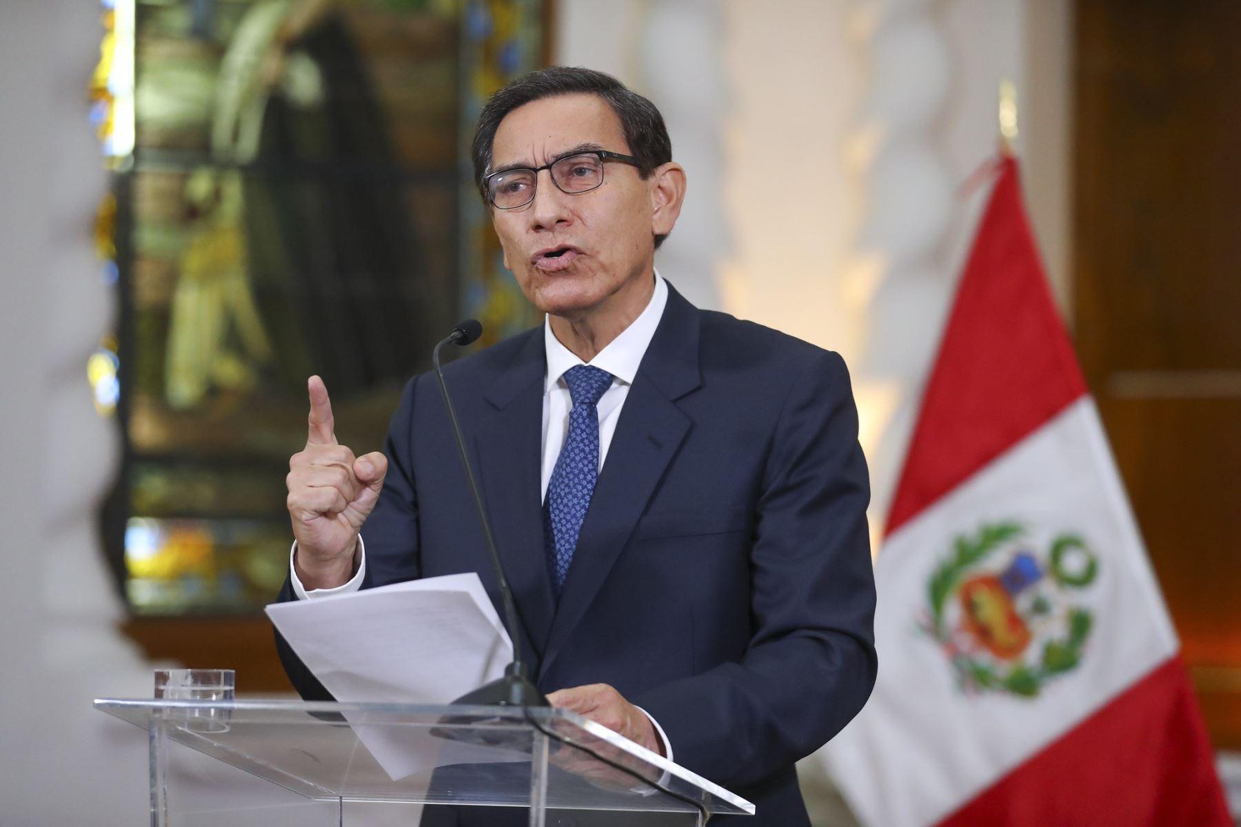 Derrocamiento del presidente de Perú destaca el resurgimiento del populismo latinoamericano