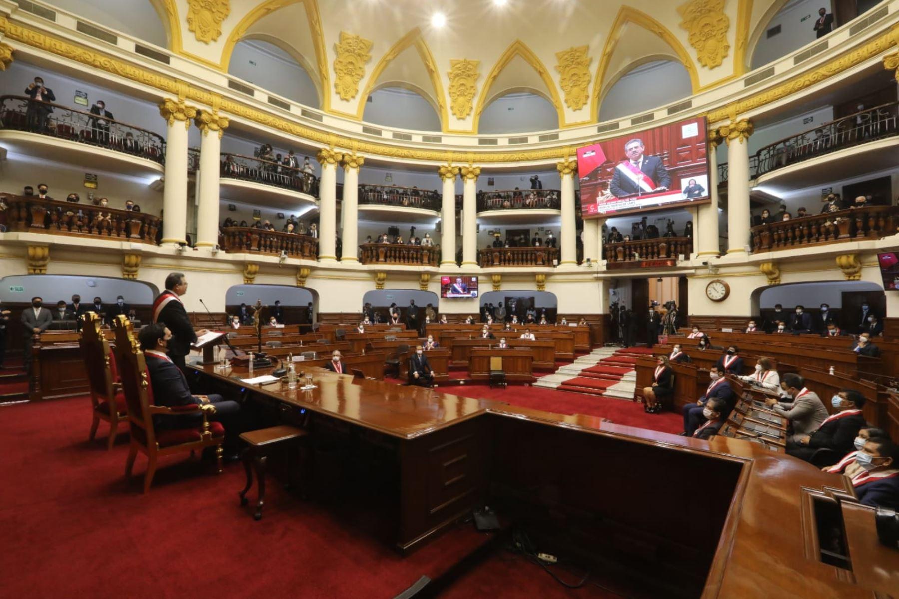 El Ejecutivo podría hacer concesiones al populismo legislativo