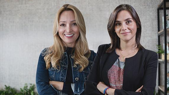 """Coca-Cola: """"Las mujeres [del programa 5by20] han podido avanzar y transformar la comunidad donde están"""""""