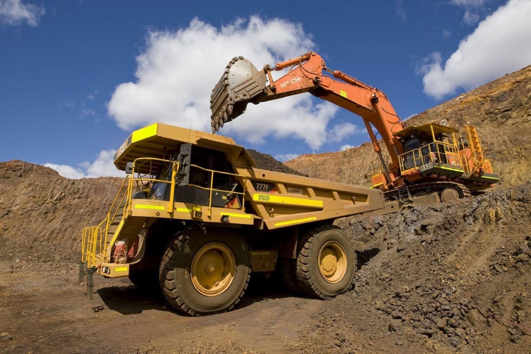 exportaciones-mineras-aumentaron-13-en-octubre-impulsadas-por-envios-de-cobre