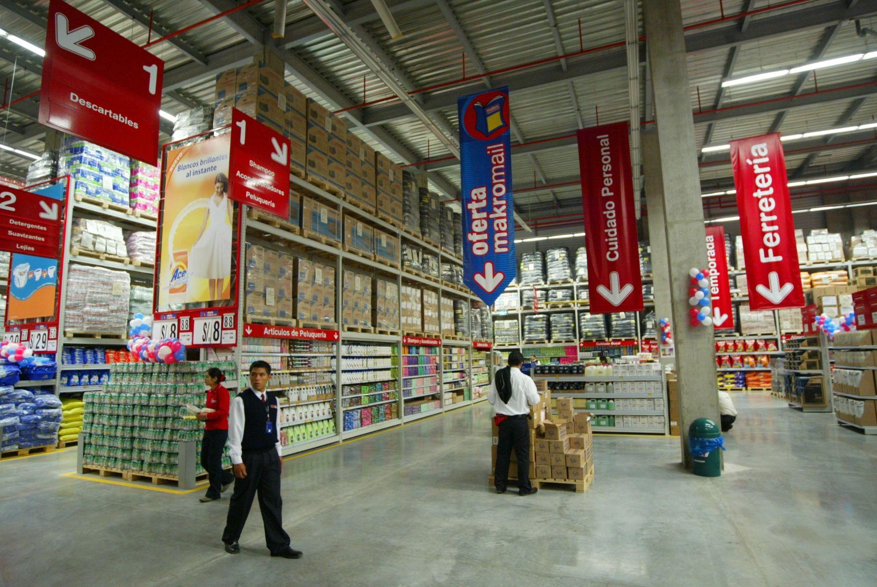 inretail-adquirio-supermercados-makro-por-us360-millones