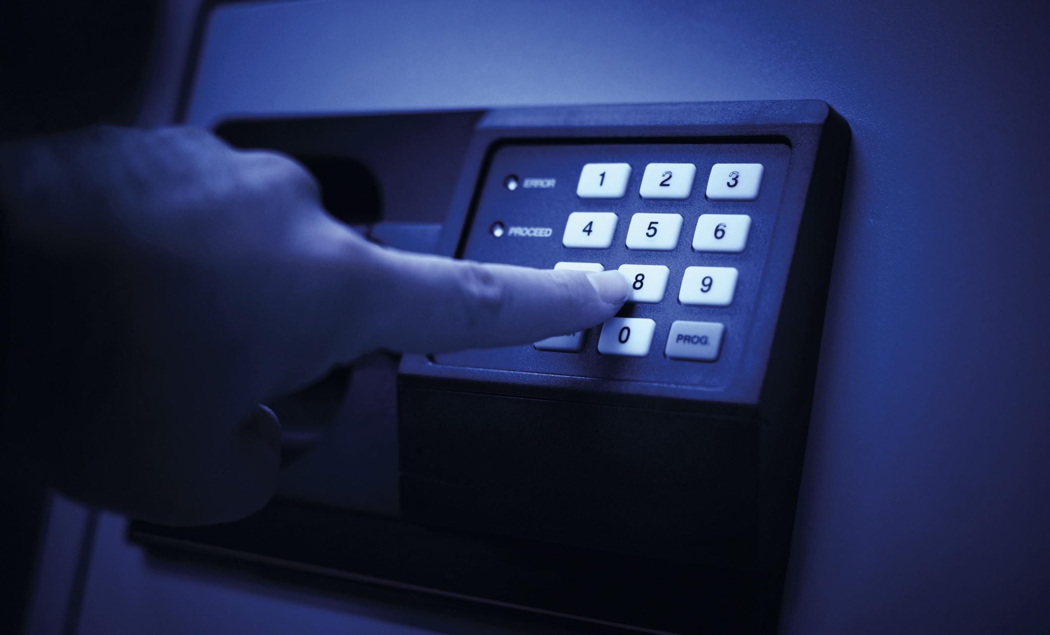 [Versus] ¿Es constitucional que la banca le reporte a la Sunat información de sus clientes?