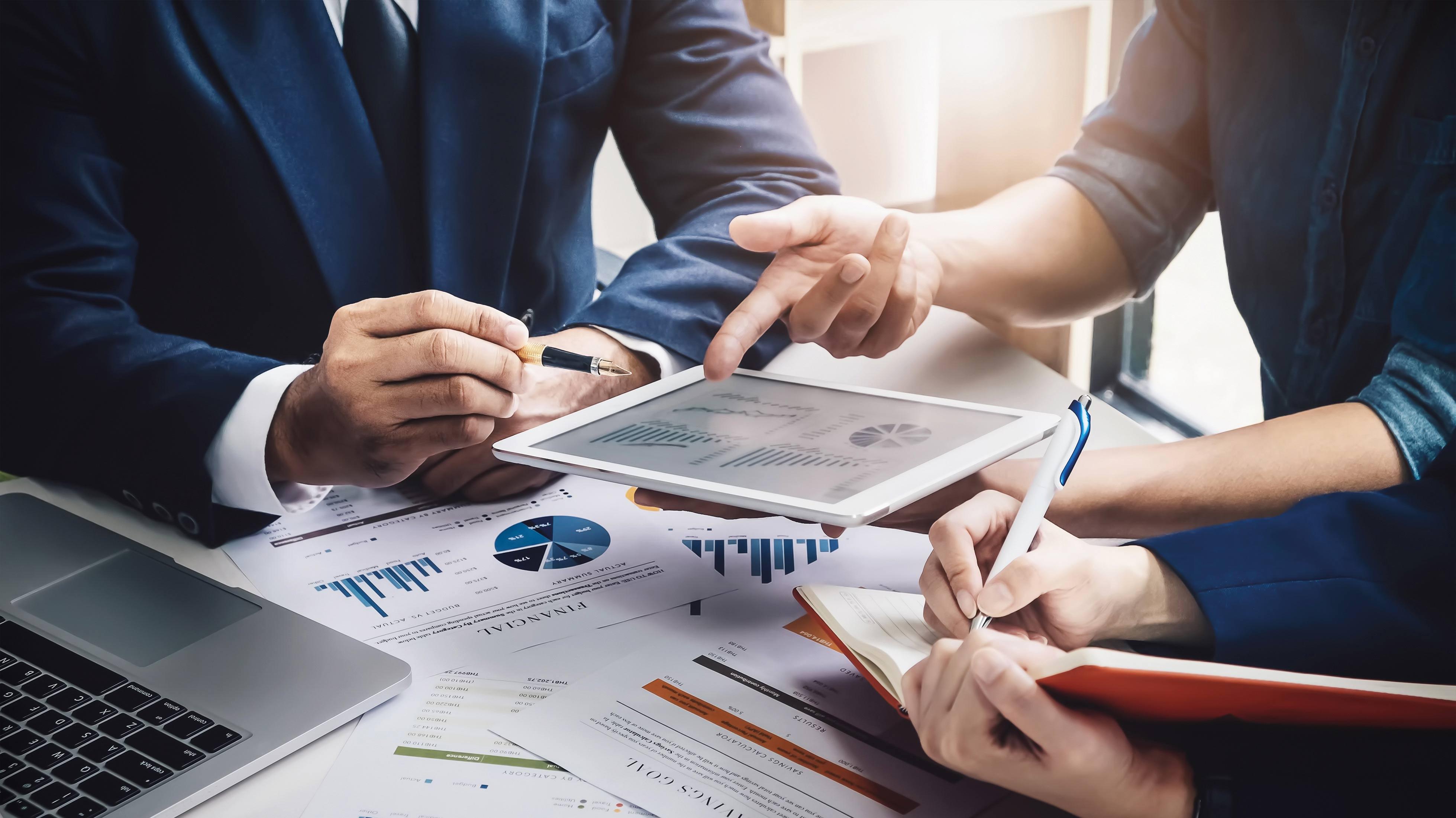 Las aseguradoras priorizan el enfoque externo en sus inversiones ante la volatilidad local