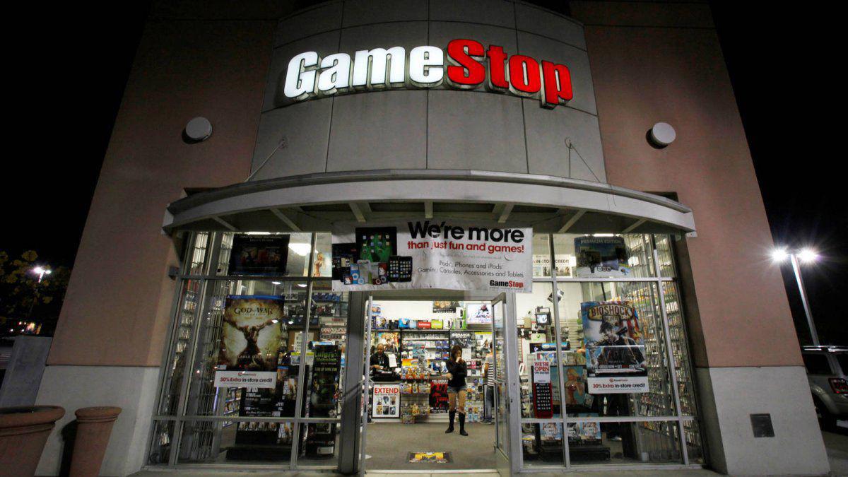 GameStop: cómo una cadena de videojuegos acabó en la guerra de Wall Street
