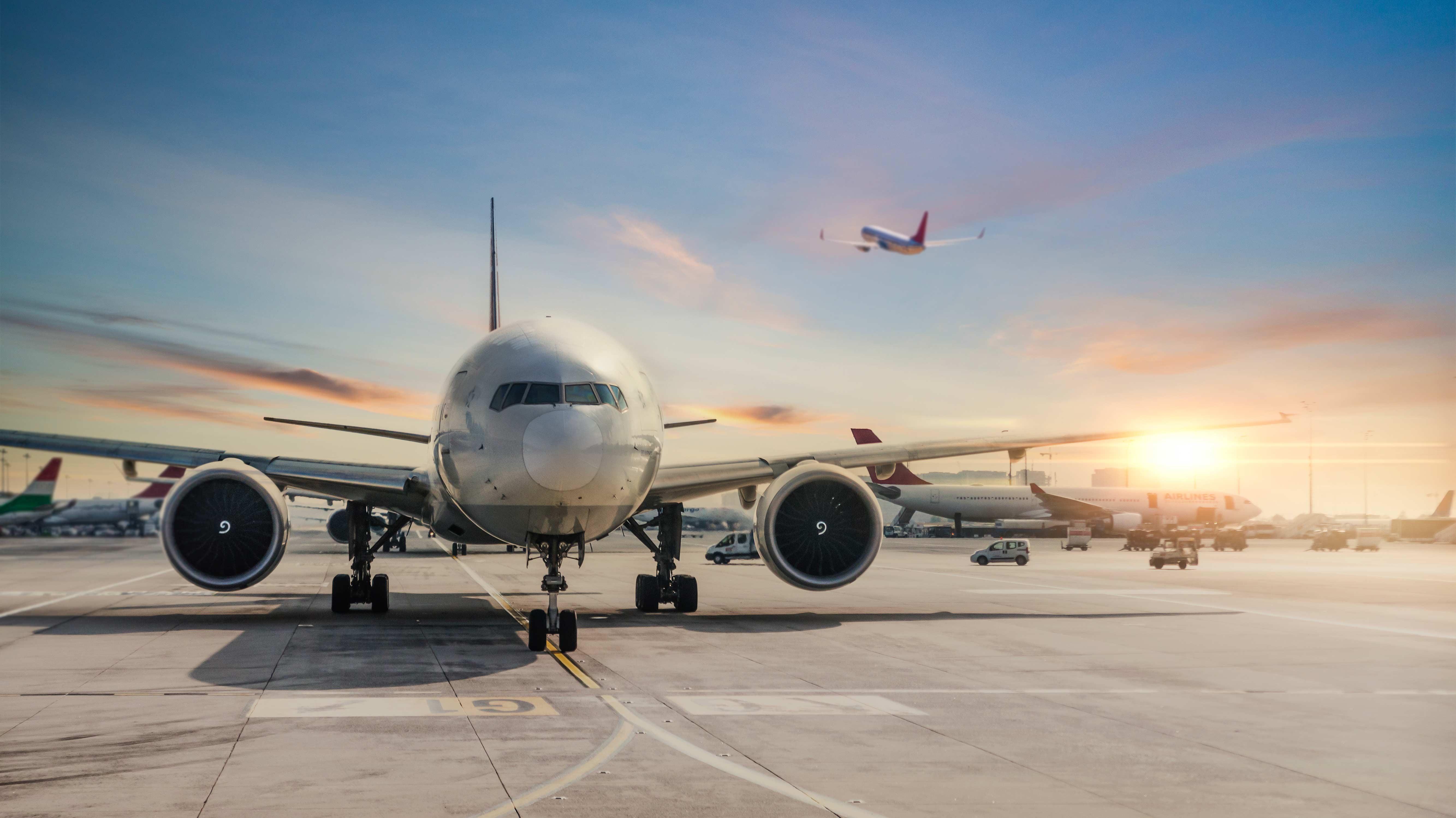 La creación de una aerolínea estatal afectaría la competitividad del mercado aerocomercial peruano