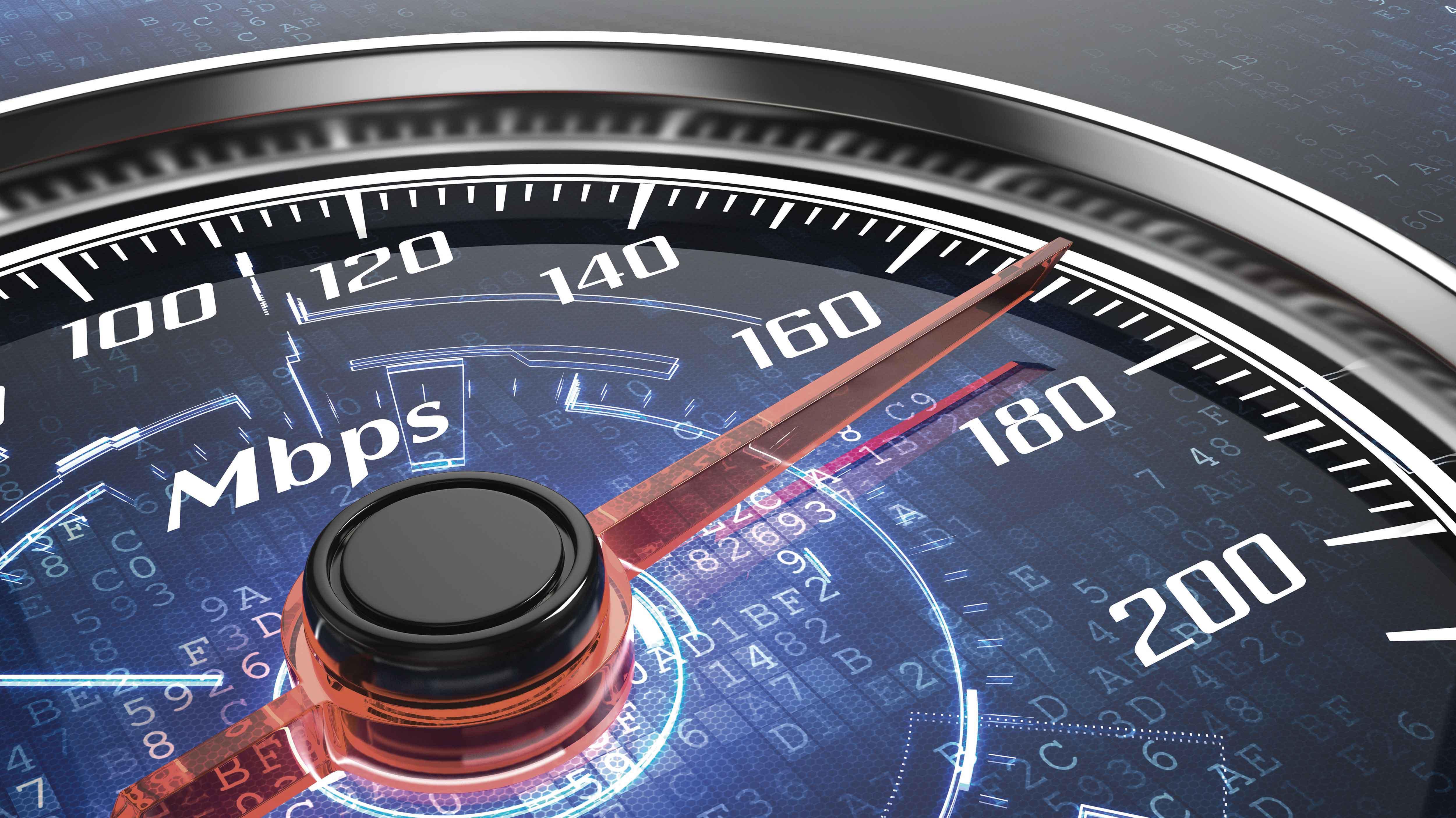 ¿Más velocidad en Internet? El efecto perverso del proyecto que ley que busca garantizar una velocidad mínima de 70%