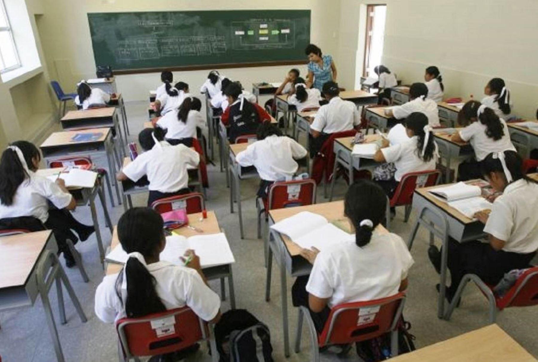 minedu-publicara-reglamento-con-condiciones-basicas-de-calidad-para-colegios-privados