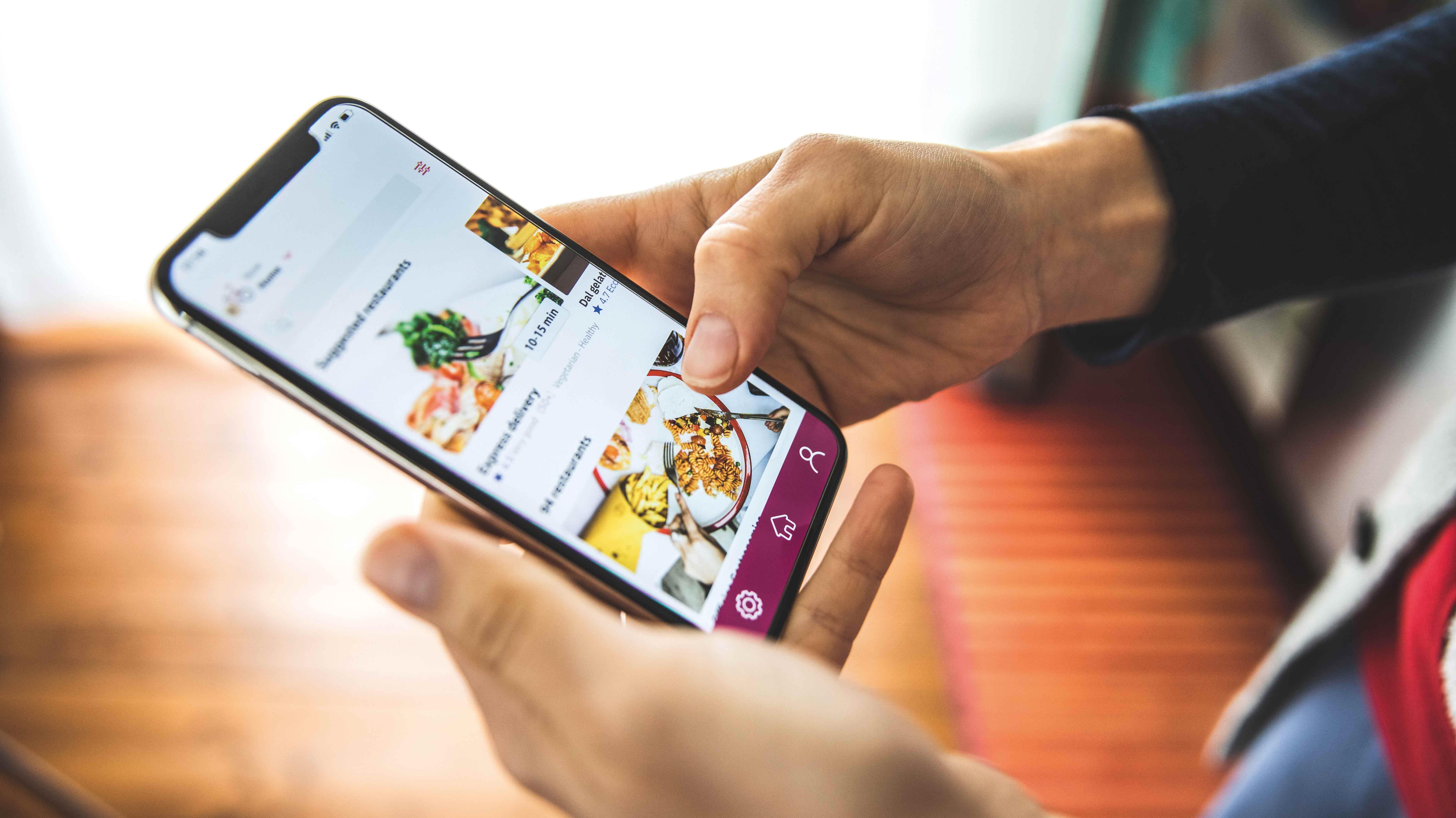 Restaurantes elevan su apuesta por canales propios de delivery