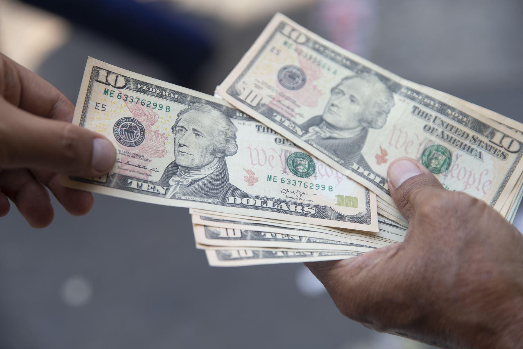el-precio-del-dolar-alcanzo-losnbsps3735-nuevo-record-historico