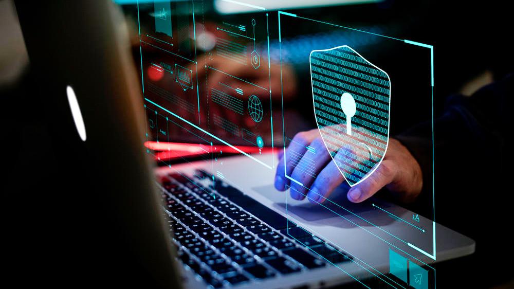 Ciberataques: ¿cómo elegir un seguro adecuado para proteger al negocio?