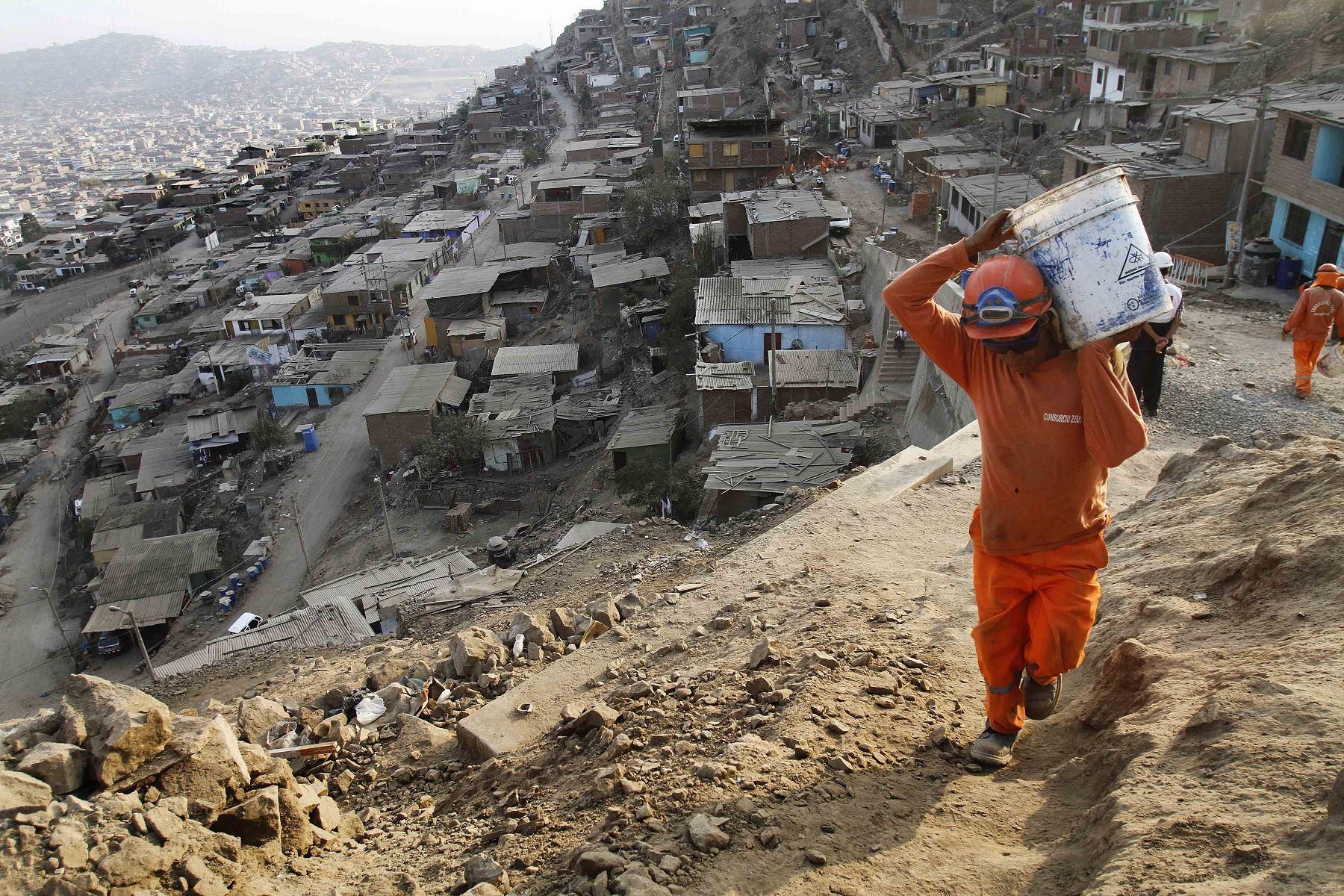inei-pobreza-monetaria-subio-en-99-puntos-y-afecto-301-de-la-poblacion-en-2020
