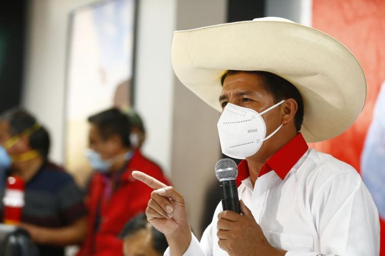 """<p>Elecciones 2021: el nuevo plan de Perú Libre insiste en """"nacionalizar riquezas"""" y nuevos impuestos</p>"""