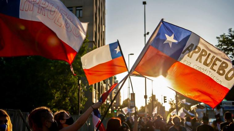 Nueva Constitución en Chile: ¿cómo el nuevo texto afectará el apetito por inversiones en Sudamérica?