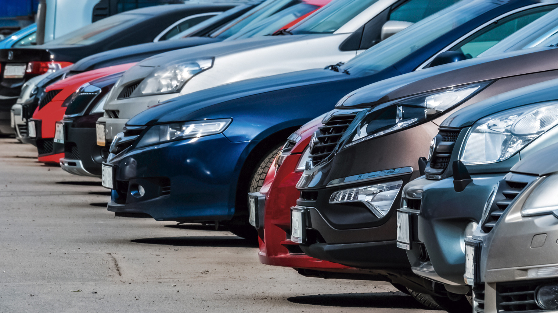 Mercado de autos continuará recuperándose pese a la incertidumbre política