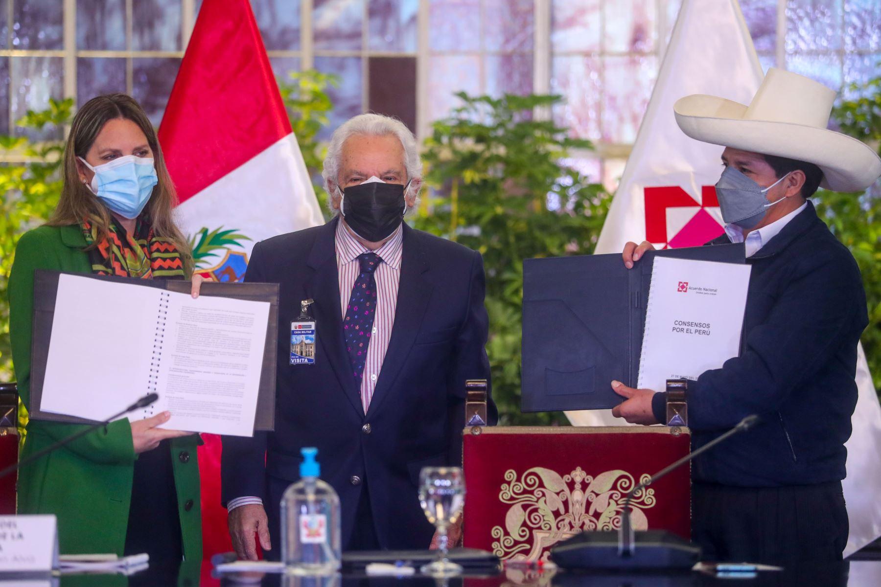 acuerdo-nacional-expresidente-del-tc-propuso-eliminar-vacancia-presidencial-y-cuestion-de-confianza